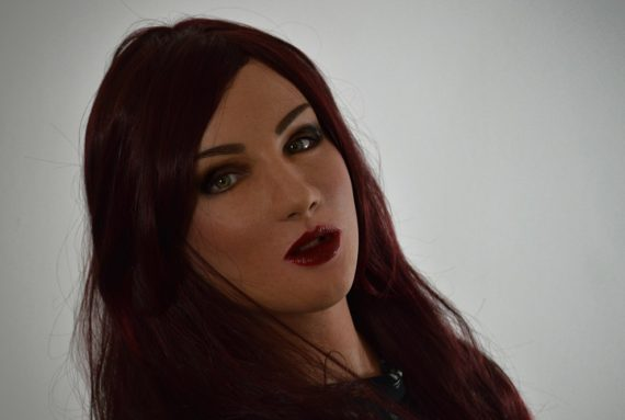 Taylor-Makeup-A