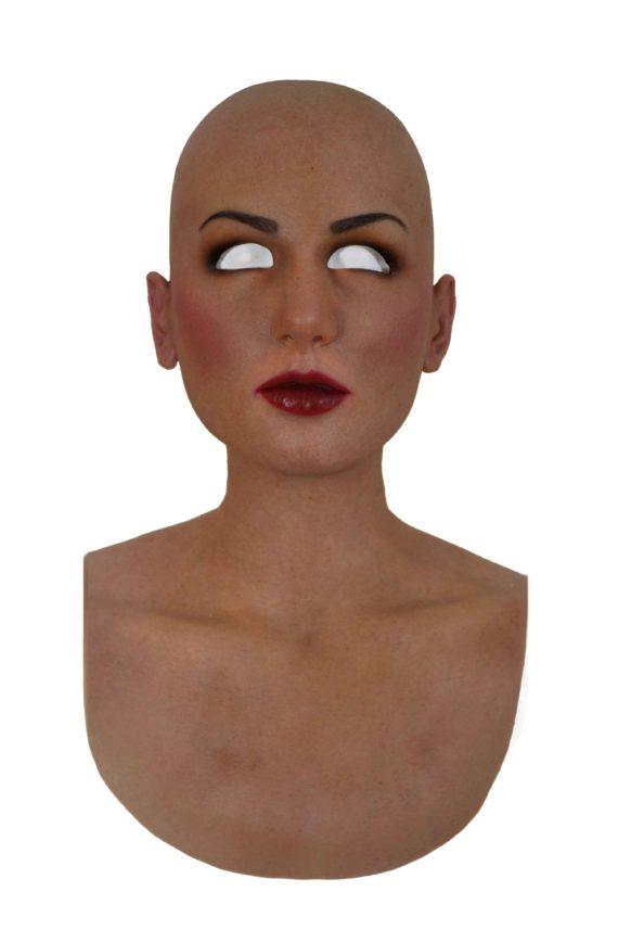 Taylor-scura-makeup